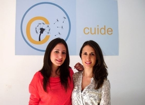 Paula García y Esther Prieto han puesto en marcha 'Cuide', todo un compromiso cívico con las personas dependientes