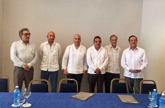 Los gestores administrativos colaboran en la modernización de los servicios profesionales en Cuba