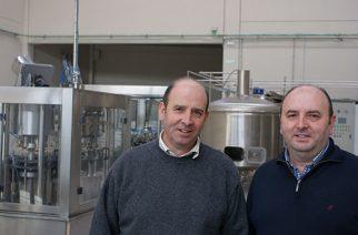 Luis y Jesus González lanzan cerveza artesanal de gran pureza con agua de Gredos