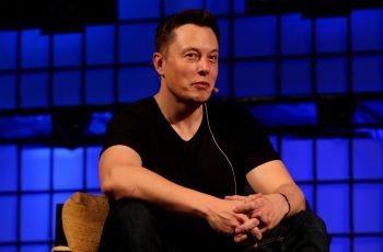 Así es la escuela de Elon Musk: no hay cursos y se juega con robots